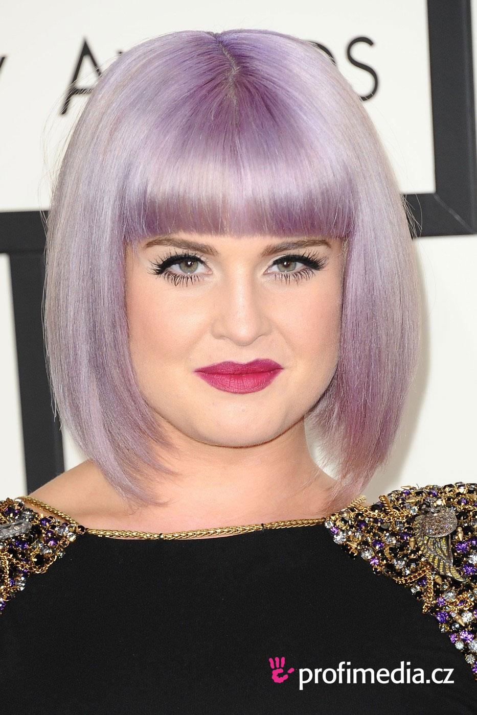 kelly osbourne frisur zum ausprobieren in efrisuren. Black Bedroom Furniture Sets. Home Design Ideas