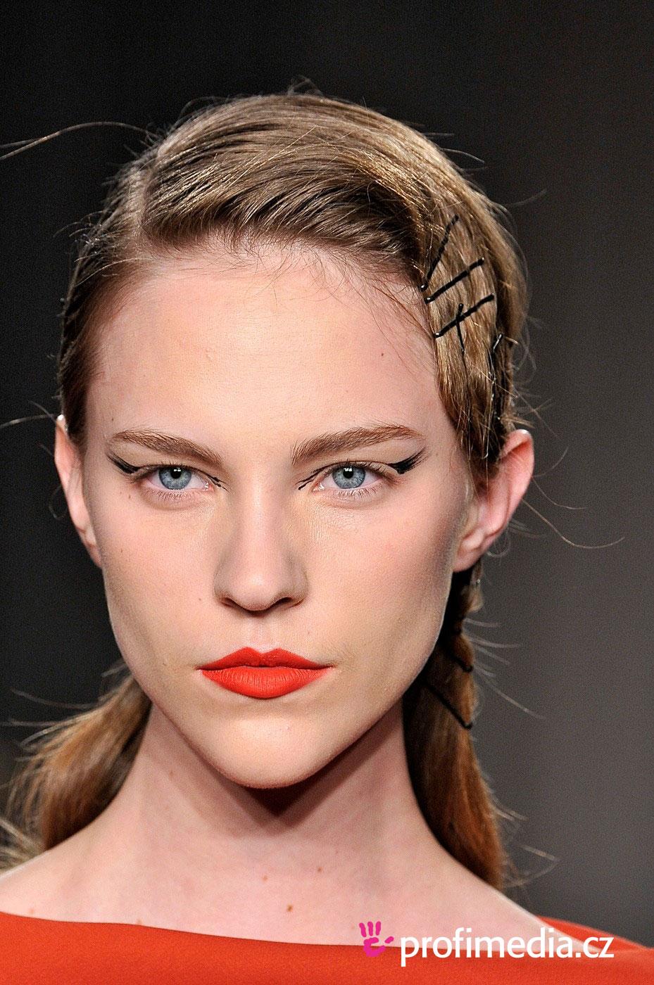 Zac posen coiffure happyhair for Miroir virtuel coiffure