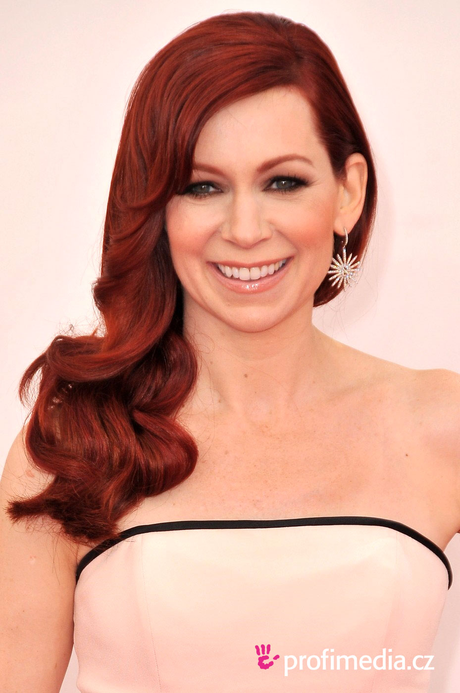 Carrie preston coiffure happyhair for Miroir virtuel coiffure