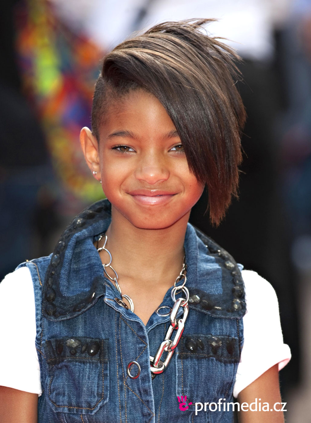 willow smith hair styles willow smith frisur zum ausprobieren in efrisuren 2376