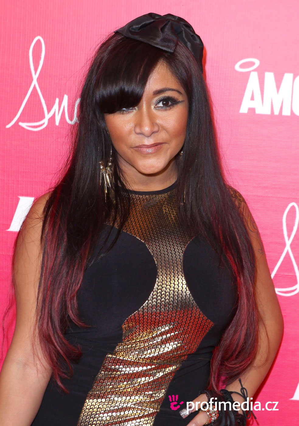 Snooki Hairstyle EasyHairStyler - Hairstyles for short hair upload photo