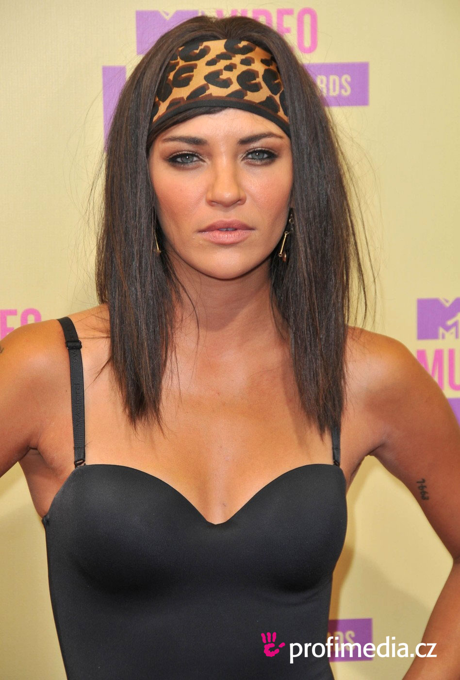 Jessica Szohr Hairstyle Easyhairstyler
