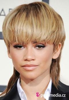 Zendaya peinados de famosos en happyhair - Peinados de famosos ...