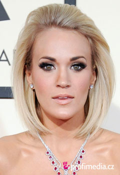 Acconciature delle star - Carrie Underwood