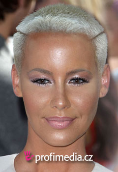 Acconciature delle star - Amber Rose