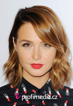 Promi-Frisuren - Camilla Luddington