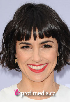 Acconciature delle star - Constance Zimmer