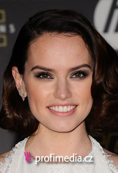 Acconciature delle star - Daisy Ridley