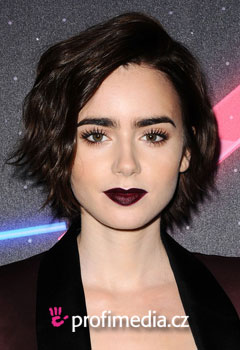 Kändisfrisyrer - Lily Collins