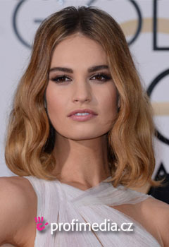 Acconciature delle star - Lily James