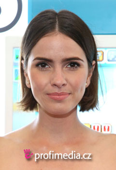 Promi-Frisuren - Shelley Hennig