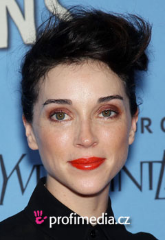 Celebrity - St.Vincent (Anne-Clark)