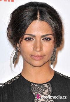 Promi-Frisuren - Camila Alves