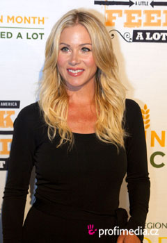 Promi-Frisuren - Christina Applegate