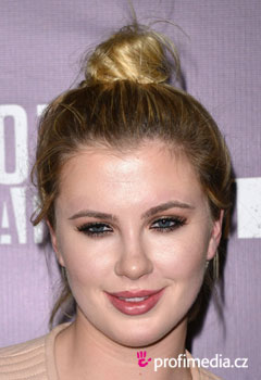 Promi-Frisuren - Ireland Baldwin