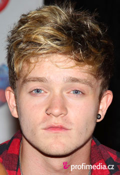 Peinados de famosas - Connor Ball