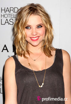 ��esy celebr�t - Ashley Benson