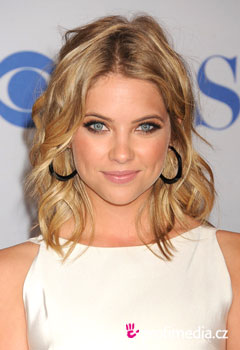 Promi-Frisuren - Ashley Benson