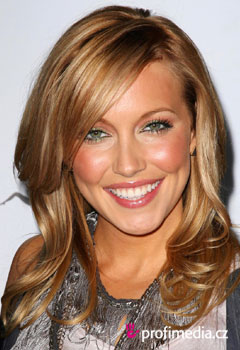 Acconciature delle star - Katie Cassidy