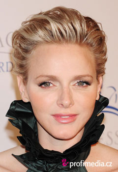 Promi-Frisuren - Princess Charlene