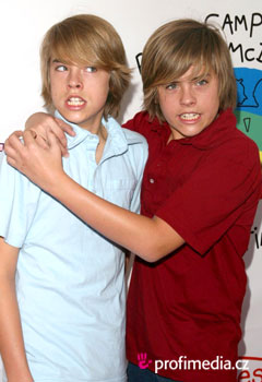 Coiffures de Stars - Cole Sprouse