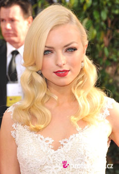 Acconciature delle star - Francesca Eastwood