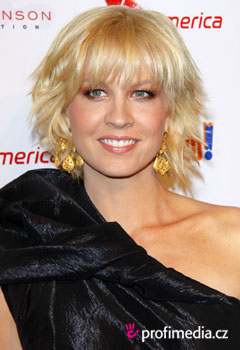 Celebrity - Jenna Elfman