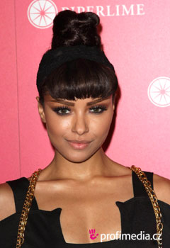 Acconciature delle star - Kat Graham