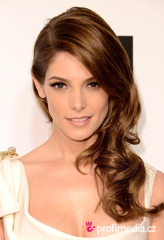 Promi-Frisuren - Ashley Greene
