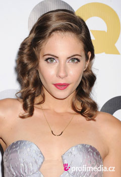 Peinados de famosas - Willa Holland