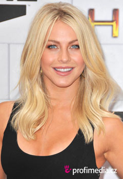 ��esy celebr�t - Julianne Hough