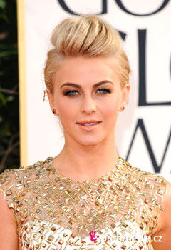 Celebrity - Julianne Hough