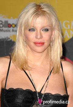 Peinados de famosas - Courtney Love