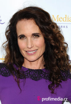 Acconciature delle star - Andie MacDowell