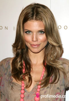Celebrity - AnnaLynne McCord