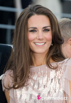 Účesy celebrít - Kate Middleton