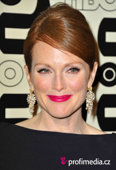 Acconciature delle star - Julianne Moore