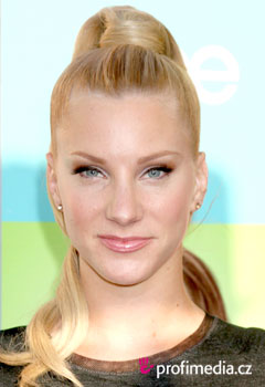 Účesy celebrít - Heather Morris