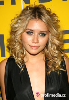 Účesy celebrít - Ashley Olsen