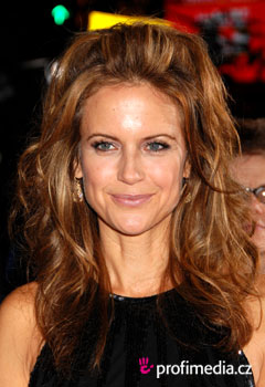 Účesy celebrít - Kelly Preston