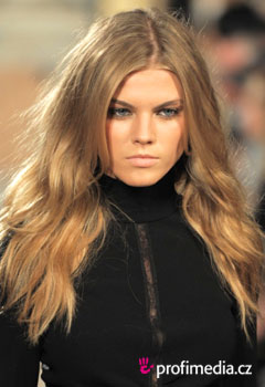 Celebrity - Fashion shows Fall 2010