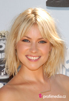 Acconciature delle star - Laura Ramsey