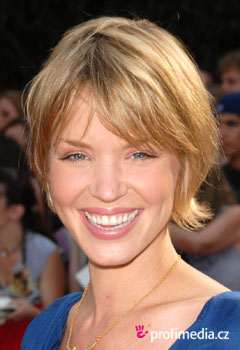 Promi-Frisuren - Ashley Scott