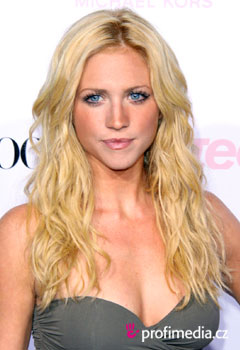 Celebrity - Brittany Snow