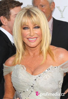 Acconciature delle star - Suzanne Somers