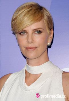 Promi-Frisuren - Charlize Theron