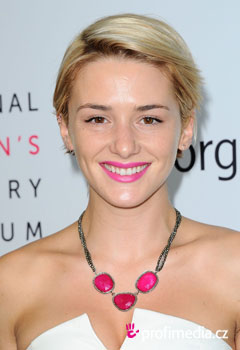 Acconciature delle star - Addison Timlin