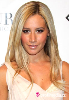 Celebrity - Ashley Tisdale