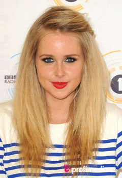 Coafurile vedetelor - Diana Vickers