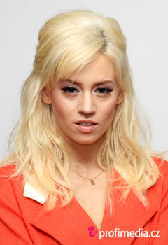 Acconciature delle star - Kimberly Wyatt
